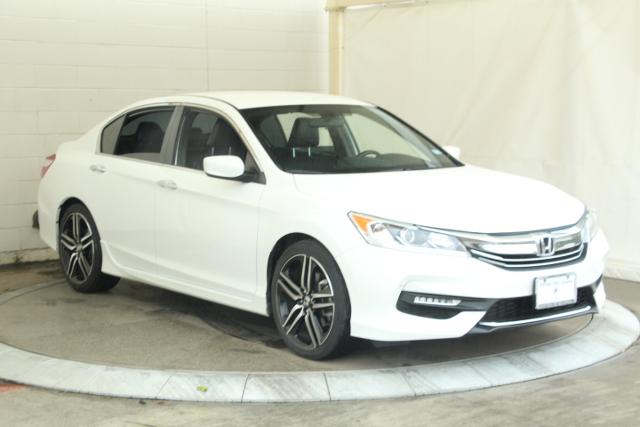 Pre-Owned 2017 Honda Accord Sport CVT 4dr Car